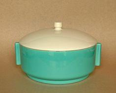 California pottery Gladding McBean El Patio casserole with inserts Vintage California, Art Deco Era, Blue Box, Patio Table, Vintage Pottery, Vintage Kitchen, Kitchenware, 1930s, Dinnerware