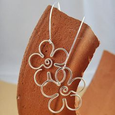 Hand Crafted Daisy Earrings - Perfections.com