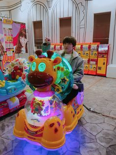 Sometimes i forget that he is still a teen XD Kang Chan Hee, Chani Sf9, Sf 9, Neon Aesthetic, Aesthetic Girl, Fandom, Fnc Entertainment, Day6, Boy Groups