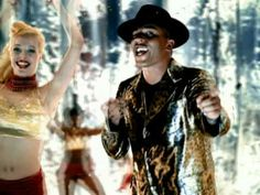 Music video by Lou Bega performing Just A Gigolo/I Ain't Got Nobody. (C) 2001 BMG Berlin Musik GmbH/UNICADE music
