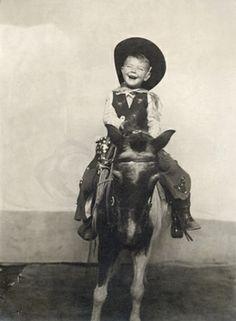 +~+~ Vintage Photograph ~+~+ Very Happy Cowboy Vintage Children Photos, Vintage Pictures, Precious Children, Beautiful Children, Les Enfants Sages, Hee Haw, Christmas Stars, Cowgirl And Horse, Pony Rides