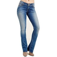 True Religion Women's Jennie Mid Rise Curvy Bootcut Jeans in Rolling Indigo Show off your curves with our Jennie Curvy Bootcut women's jeans. This premium denim style hugs your hips and flatters every inch of your legs, while the open bootcut finish adds a slimming touch.34″ inseam92% cotton, 6% elastomultiester, 2% elastaneMade in the USA with imported fabrics and materials.  7 for all mankind, adriana goldschmied, Bootcut, Cigarette, Denim, dl1961, Hollister,