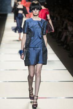 Sfilata Fendi Milano - Collezioni Primavera Estate 2014 - Vogue