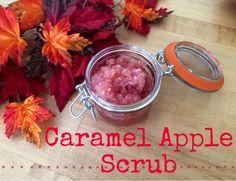 Fall is in the air! Perfect time for a Caramel Apple Scrub Recipe. #diy #fall #scub