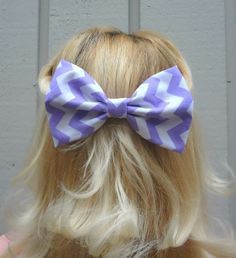 Lilac and white chevron bow hair clip - bow barrette - big bow - kawaii - feminine Chevron Bow, Purple Chevron, Bow Hair Clips, Hair Ties, Hair Bow, Chloe, Lace Bows, Cheer Bows, Big Bows