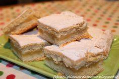 Questi fantastici dolcetti contengono un cremoso ripieno alla frutta. Buonissimi con il tè!  Ingredienti per circa 16 pasticcini:  450g di farina 200g di zucchero 4 mele 1 uovo 150g di burro (o margarina) (+25g da tenere da parte) 125g di panna (o yogurt) 1 pizzico di sale 1 bustina di lievito vanigliato 1 fialetta di aroma all'arancia zucchero a velo q.b. Yogurt, Sandwiches, Dessert, Pasta, Blog, Cream, Deserts, Postres, Blogging