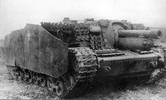 """Self-propelled artillery installation 43M """"Zrinyi"""" was a 105-mm gun mounted on an extended chassis """"Turan"""" modeled on the German SPG StuG III and was designed in 1942. Made 66 pieces, the last few were destroyed in the assault of Budapest. Previous type, """"Zrinyi I», was armed with a 75mm cannon."""