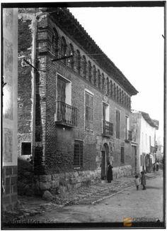 "Muniesa, Teruel. Casa solariega. Estilo: Renacimiento. "". Juan Mora Insa 1.3. Fecha(s) 1905-1954 DARA :: Detalle de Registro"