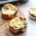 low carbohydrate blueberry muffin recipe that is m /A low carbohydrate blueberry muffin recipe that is m / Nut Free Fathead Dough for these fantastic Pizza rolls! Easy Keto Muffin Recipes: Low Carb Breakfasts To Grab & Go On Busy Mornings Blueberry Cream Cheese Muffins, Blue Berry Muffins, Keto Breakfast Muffins, Blueberry Breakfast, Breakfast Dessert, Breakfast Recipes, Low Carb Cheesecake Recipe, Muffin Recipes, Keto Recipes
