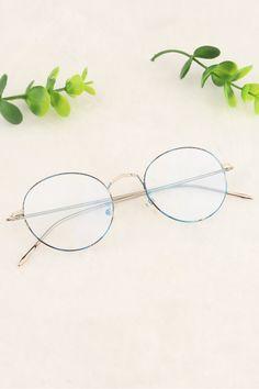 Blue Floral and Silver Glasses Frames Trendy, Cute Glasses, Mens Glasses, Prescription Glasses Frames, Fashion Eye Glasses, Photo Illustration, Geeks, Lima, Eyeglasses