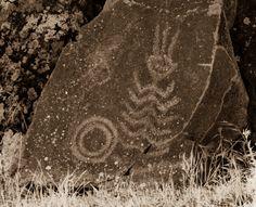 Temani Pesh-wa ………. (Written on Stone) | Originally a Whirlpool Marker on the NChi'Wana below Celilo Falls - photo by Tree Oathe