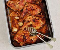 13 tepsis csirke vacsorára - gyors és egyszerű receptek | Mindmegette.hu Tandoori Chicken, Ethnic Recipes, Food, Essen, Meals, Yemek, Eten