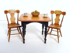 Cindy Malon Table and Chairs : Lot 213 I just acquired this for my collection!  I am very excited, I don't have these chairs in my collection.