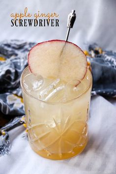 Apple Ginger Screwdriver Recipe - The Perfect Fall Drink Winter Drinks, Summer Drinks, Cocktail Drinks, Cocktail Recipes, Alcoholic Drinks, Drink Recipes, Apple Cocktails, Smoothies For Kids, Breakfast Smoothies