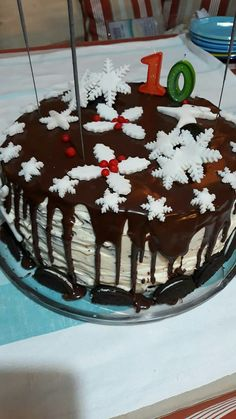 Snowflake christmas birthday cake