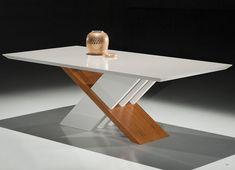 Uma Mesa de Jantar linda, moderna e com um design bem diferenciado. O detalhe em Carvalho Mel na base vai deixar seu ambiente perfeito.