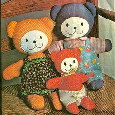 McCalls 4714 1970s  Mama Papa and Baby Bear Bear Family Stuffed Animal Sewing Pattern