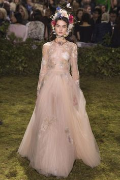 Daily Cristina | Fashion Inspiration | Trends | Tulle
