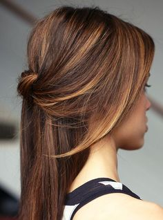 """You're Going To Lose It Over This """"Tiger Eye"""" Hair Color Trend+#refinery29"""