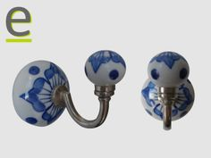 Appendino di ceramica indiana! L'appendino per abiti è decorato a mano, ed è realizzato in ceramica. In vendita sul nostro sito www.easy-online.it