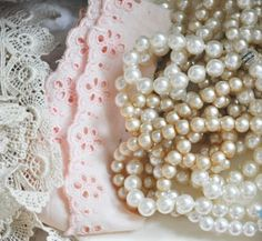Pearls and Lace  Faith, Grace, and Crafts: Pearls and Lace Thursday #97 Pastel Hues