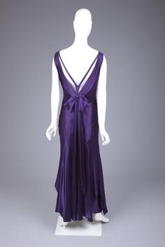 Dress Back 2 of 3 Jean Patou, 1929 The Goldstein Museum of Design OMG that dress!