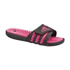 """<div style=""""margin-left: 40px"""">  <br />  The Women's adissage Slide has the easy on-and-off synthetic strap and the TPR footbed with toe-tantalizing massage nubs.<br />  <br />  <strong><u>Features:</u></strong></div>  <ul>  <li>  PVC-free synthetic bandage and lining</li>  <li>  TPR footbed with massage nubs for amazing comfort</li>  <li>  Non-marking PU outsole for durability</li>  <li>  Imported</li>  </ul>"""
