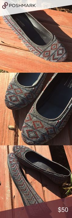 Donald J Pliner Beaded Flats 🔘 leather  🔘 beaded 🔘 size 7 1/2 🔘 barely used, like new Donald J. Pliner Shoes Flats & Loafers