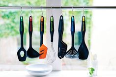 Take on any kitchen task with our Kitchen Tools! Durable, well-designed essentials are ideal for use with both UltraPro Ovenware and Chef Series Cookware. Let's get cooking!