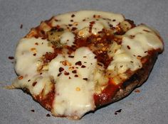 Portabella Mushroom Pizza by kissmywhisk, via Flickr