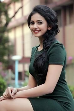 Rakul Preet Singh - Beautiful Bollywood Actresses  IMAGES, GIF, ANIMATED GIF, WALLPAPER, STICKER FOR WHATSAPP & FACEBOOK