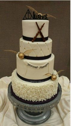 Harry Potter Hochzeitstorte. Tolle Idee!