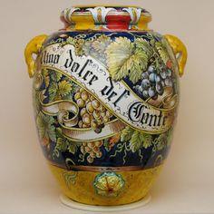 Orci toscani in ceramica | Leoncini Siena Tuscany Decor, Italian Pottery, Porcelain Clay, Sicilian, Ceramic Art, Glass Bottles, Terracotta, Objects, Siena