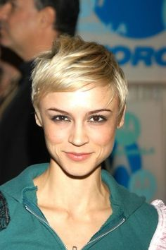 Samaire Armstrong Short Do Pixie Hair Style hair-makeup-get-in-here