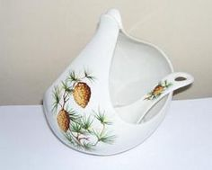 Hall China Hallcraft Eva Zeisel Pincone Gravy Boat and Ladle circa mid 1950's