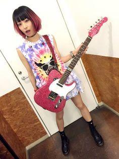 LiSA ready to Rock!! Best Spotify Playlists, Pop Songs, Always Smile, Rap Music, Popular Music, Music Artists, Lisa, Singer, Rock