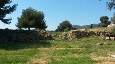 Entrée de la ville : decumanus et muraille