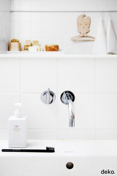 White bathroom, styling Susanna Vento   Scandinavian Deko