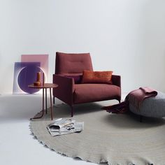 Trend-Setting Design for Contemporary Living by COR - InteriorZine Before After Furniture, Home Design Floor Plans, Love Chair, Types Of Rooms, Interior Decorating, Interior Design, Accent Chairs For Living Room, Table Accessories, Upholstered Chairs