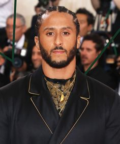 Nike cancels Betsy Ross American flag shoes at Colin Kaepernick's urging Nike Stock, Tommie Smith, 49ers Quarterback, Bill Russell, Taking A Knee, Cbs Sports, Handsome Black Men, Watch Football, Colin Kaepernick