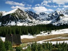 Tatra Mountains- the border between Poland and Slovakia. A much cheaper tourist/ski resort than the Swiss alps as well. Places To Travel, Places To See, Visit Poland, Tatra Mountains, Heart Of Europe, Central Europe, World Trade Center, That Way, Beautiful Places