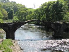 The Ribble Valley is a wonderful place with outstanding fells, lush green valley's and quaint market towns ideal for a getaway from the every day hustle and bustle of the cities. Country Walk, Green Valley, Jrr Tolkien, Lush Green, Days Out, Wonderful Places, Trail, Bridge, Walking