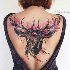 23 Coole Rückentattoos & Ideen für Frauen 23 Cool Back Tattoos & Ideas for Women Are you thinking about getting a new tattoo? We found 23 of the best back tattoos for women. The backs … Trend tattoos Cool Back Tattoos, Great Tattoos, Trendy Tattoos, Lower Back Tattoos, Beautiful Tattoos, Feminine Back Tattoos, Elegant Tattoos, Tattoo Girls, Back Tattoo Women