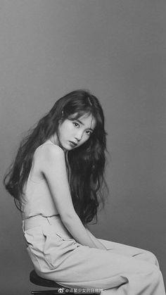 Iu Hair, Real Angels, Black Pink Songs, People Poses, Iu Fashion, Korean Bands, Korean Shows, Kdrama Actors, Japan Girl