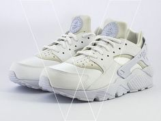 Learn how to spot fake Nike Air Huarache Run's with this detailed 29 point step-by-step guide by goVerify. Nike Air Huarache, Shoe Boots, Shoes, Huaraches, Baby Items, Sneakers Nike, Fashion Outfits, Running, Step Guide