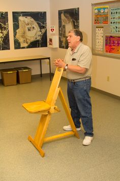 """Marv Stewart and his home-made """"Cats Perch"""" type chair Woodworking Toys, Woodworking Projects, Diy Projects, Wooden Plane, Chair Design Wooden, Watch Diy, Wood Toys Plans, Wooden Toys, Inspiration"""
