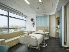 Patient Room & Headwall. Photo: Halkin/Mason Photography, LLC