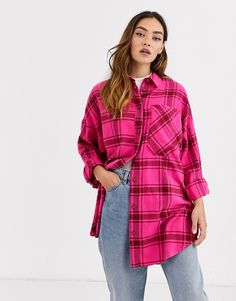 Buy Monki check soft flannel oversized shirt in pink at ASOS. Get the latest trends with ASOS now. Flannel Shirt Outfit, Flannel Outfits, Flannel Style, Oversized Plaid Shirts, Flannel Fashion, Flannel Material, Nyfw Street Style, Boyfriend Shirt, Pretty Outfits
