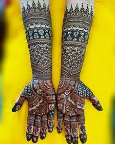Arabic Bridal Mehndi Designs, Rajasthani Mehndi Designs, Khafif Mehndi Design, Rose Mehndi Designs, Engagement Mehndi Designs, Henna Tattoo Designs Simple, Stylish Mehndi Designs, Henna Art Designs, Mehndi Designs For Girls