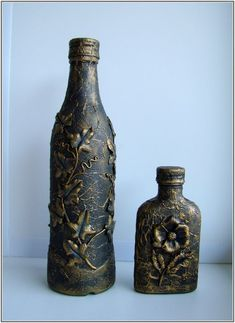 Glass Bottle Crafts, Wine Bottle Art, Bottles And Jars, Glass Bottles, Decoupage, Christmas Teddy Bear, Gifts For Family, Art Studios, Altered Art